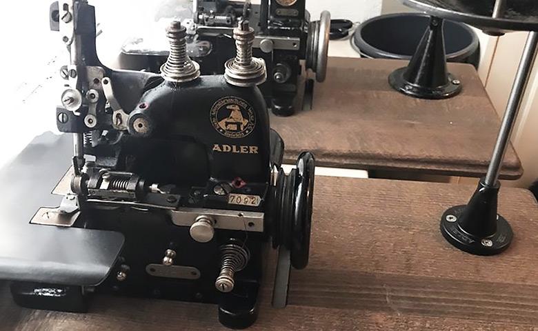 Bild Adler Nähmaschine